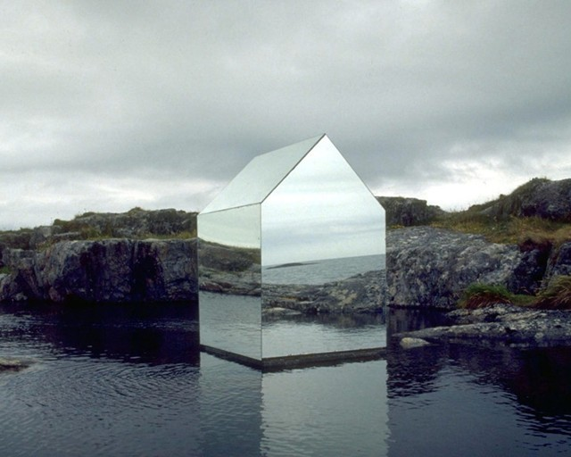 lacedcheeba:  Ekkehard altenburger. Mirrored house 1996.
