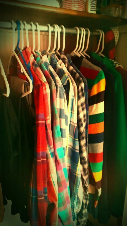 danhalen:  this is what a boy's closet should look like  This is my closest: