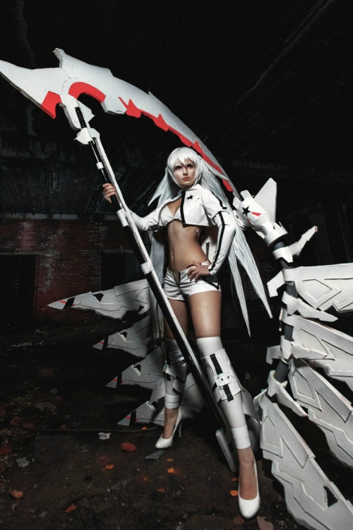 White Rock Shooter from Black Rock ShooterCosplayer: Sasuko555Photographer: Anton Kirsanov
