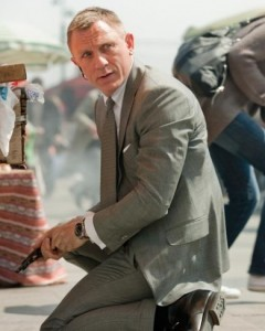 "Daniel Craig ""has evolved into arguably the best Bond ever,"" says Charlie McCollum at the San Jose Mercury News.  5 reasons Skyfall is the best Bond film ever"