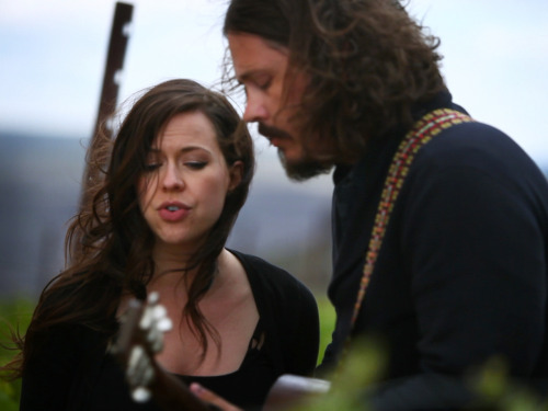 "Watch The Civil Wars, now on hiatus due to ""internal discord,"" perform ""Kingdom Come"" in a field, from KEXP."