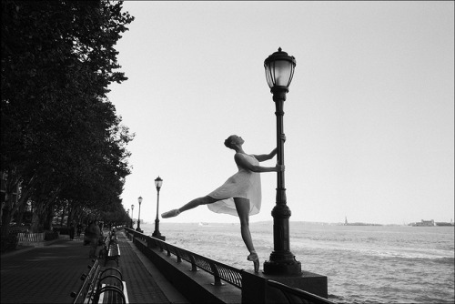 Elanor - Battery Park Help support the Ballerina Project and subscribe to our new website  Follow the Ballerina Project on Facebook & Instagram For information on purchasing Ballerina Project limited edition prints.