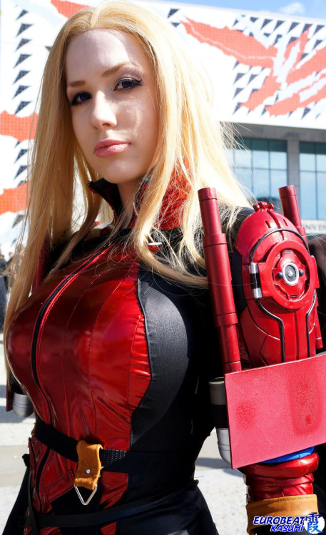 Happy #CosplayAppreciationDay! We love cosplay and so do you, that's why we all here: creating, making photos, posting them, sharing, liking, reblogging, submitting…  So let's take a moment to thank all the cosplayers. They bring our favourite characters to life! Aren't they great? =) Venus from Metal Gear Acid 2  Cosplayer: Crystal Graziano [WW / TM / TW / dA]Photographer: Eurobeat Kasumi Photography [FB]