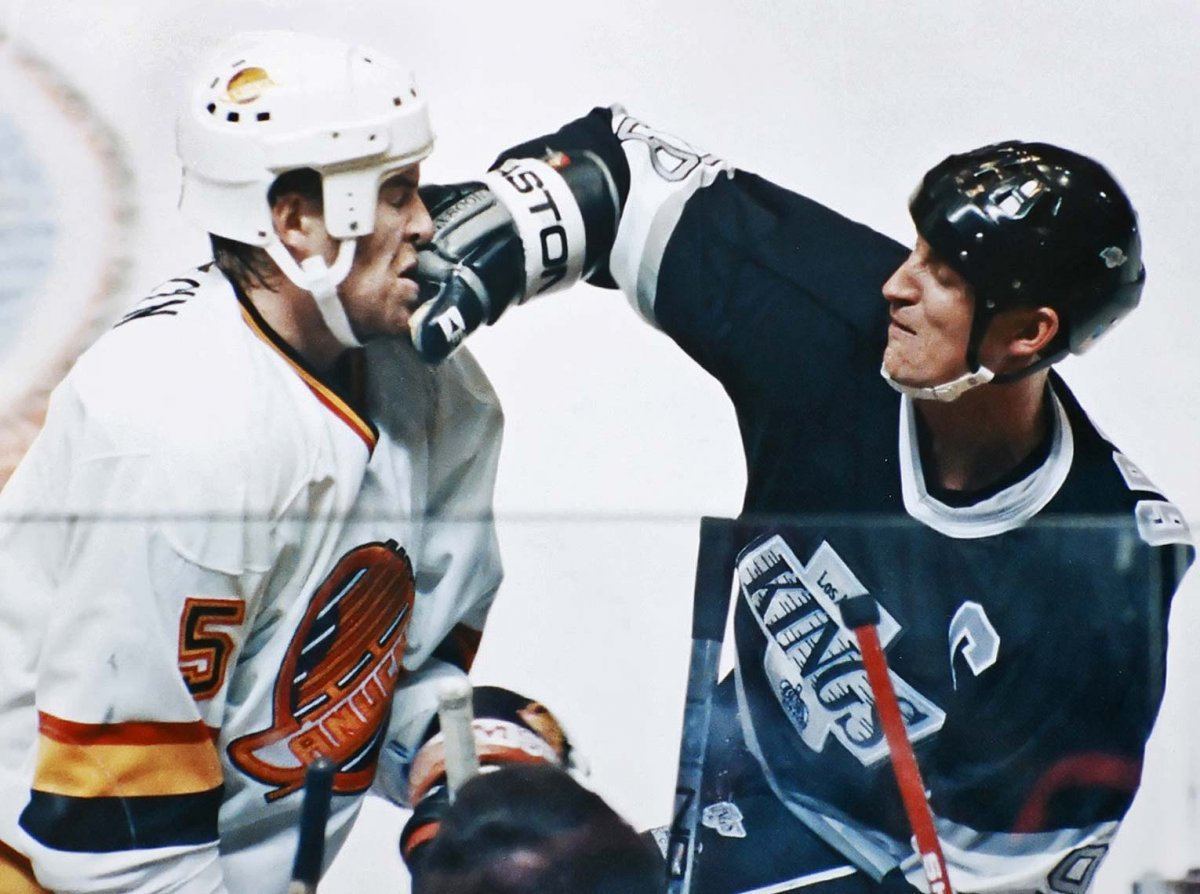 Photo: Wayne Gretzky throwing a solid punch. #Kings
