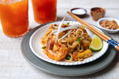 Shrimp Pad Thai with recipe (link)