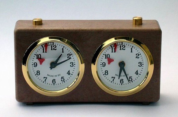 Would You Play Poker With A Play Clock?