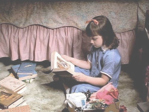fantastic-miss-fox:  you—me—dancing:  lecerise:  Matilda  YES this movie literally forever.  this was me as a kid (beside the genius part) i just loved reading and i wondered why it didn't make a genius like matilda was :(