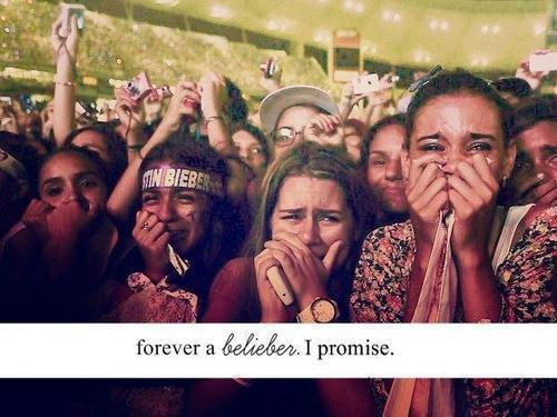 ohbeliebers:  It's a promise.♥