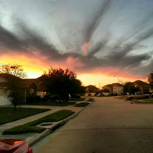 rlpmedia:  #Houston #texas #sky #sunset #clouds