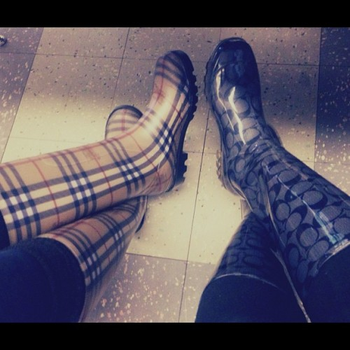 #burberry #coach #rainboots 👯