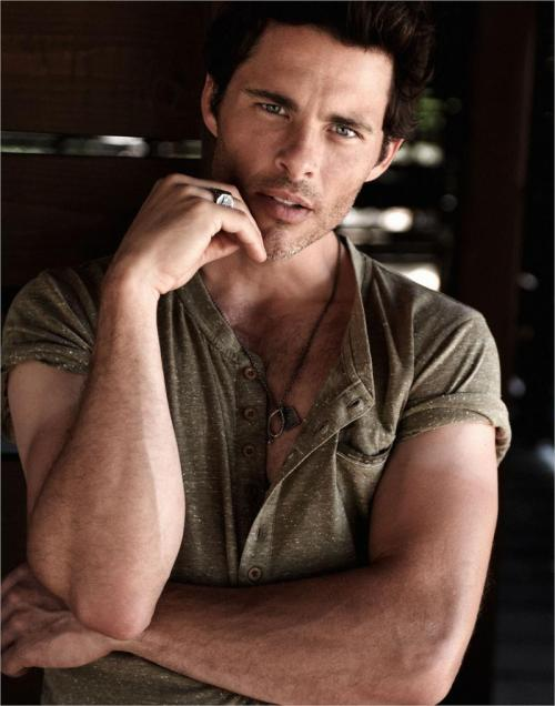 st1mu11:  James Marsden