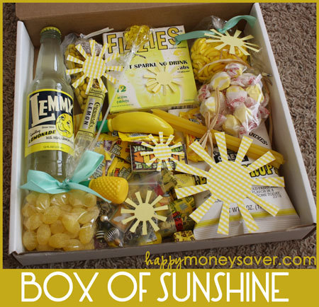 makesomethingmarvelous:  Mail one to brighten someone's day! :D