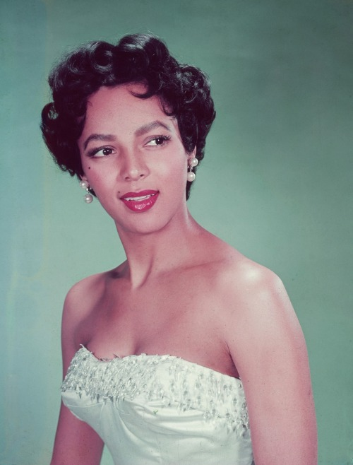 "the-asphalt-jungle:  Happy Birthday, Dorothy Jean Dandridge - (November 9th, 1922 - September 8th, 1965) ""She was our Marilyn Monroe."" - Lena Horne"