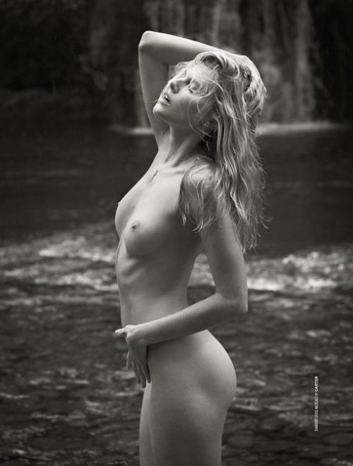 Maryna Linchuk by Mariano Vivanco, DSection