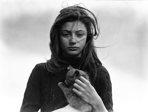 liquidnight:  Émile Savitry Anouk Aimée and her cat Tulip Flower, 1947 [via Le Journal De La Photographie]