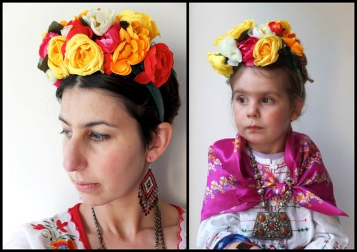 halloweencrafts:  DIY Frida Kahlo Inspired Floral Headband Tutorial from My Poppet here. *Tip: you can often find fake flowers on sale depending on the season.  Truebluemeandyou: Halloween is over but I'm still posting on my Halloween Blog for dress up and cosplay. But how gorgeous is this floral headband that was just posted by My Poppet?