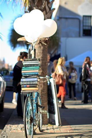 yallfest2012:  Blue Bicycle Books is gearing up for YALLFEST! This Saturday 47 of the country's top YA authors (including 25 New York Times bestsellers) come to Charleston for a festival of panels, presentations, and signings.  The day is packed with exciting events including the keynote with Cassandra Clare and Holly Black, exclusive footage of the Beautiful Creatures Movie from Margaret Stohl and Kami Garcia, and a YA Smackdown. (You can check out the full schedule here!) Can't make it to Charleston? Don't miss out on the fun; many of our panels will be streaming live online!   One of my favorite bookstores! And featured on Tumblr!