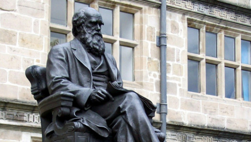 "mothernaturenetwork:  Charles Darwin gets 4,000 write-in votes in Georgia electionUnopposed Republican incumbent Paul Broun called evolution a lie ""straight from the pits of hell."""