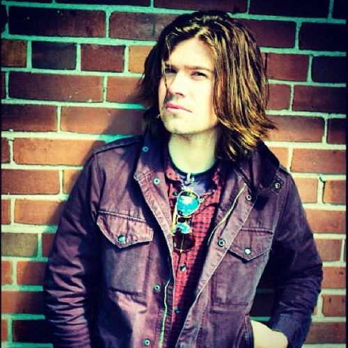 hardyinacardigan:  Sweet JESUS my favorite #Hanson knows how to grow up.