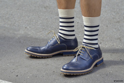 © Fabrizzio Morales-Angulo Street Style detail. Blue oxford shoes plus stripped socks.