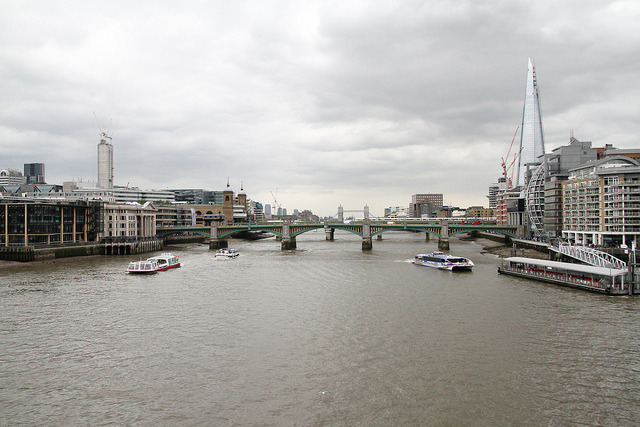 River Thames… grey and gloomy, but oh so beautiful!