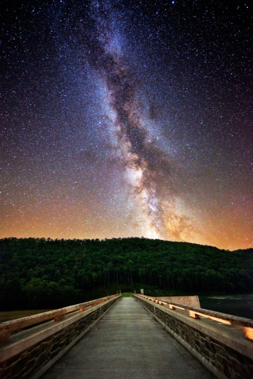 bluepueblo:  Milky Way, Cherry Springs State Park, Pennsylvania photo via george