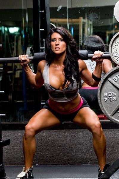 fitbasix:  amanda latona!  Hot hot hot!!! God I miss the gym!!
