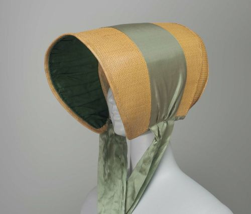 Straw bonnet, 1810-15 US, the Museum of Fine Arts, Boston  Long, tubular straw bonnet with green silk ribbon.
