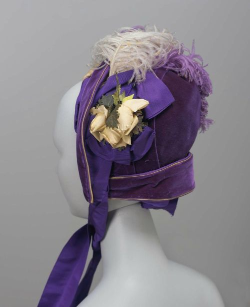 Bonnet, ca 1880 New York, the Museum of Fine Arts, Boston  Purple velvet bonnet trimmed with purple and light lavender ostrich feathers.