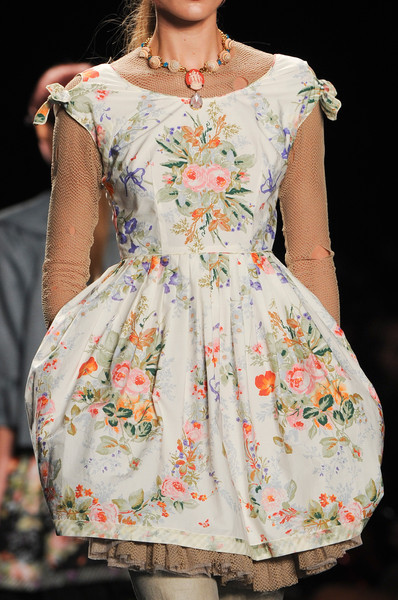 reading-fashion:  Anna Sui SS13