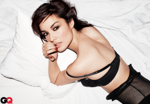 Bond's Newest Girl: Bérénice Marlohe As if you really needed another reason to see Skyfall—we like her shaken, not stirred.