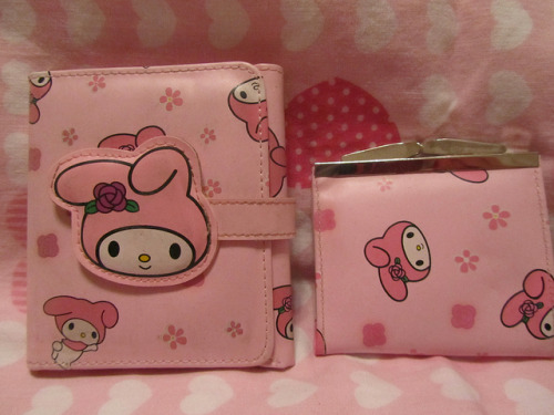 fruitypuddings:  My Melody Wallet & Coin Purse by Suki Melody on Flickr.