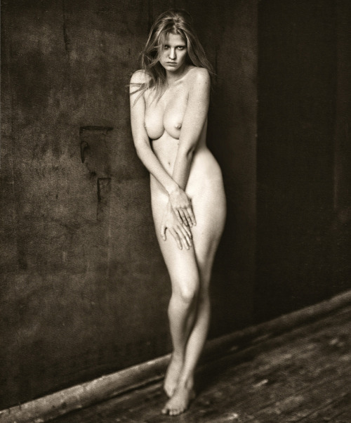 Lara Stone: Voeu D'Artifices - M le Monde by Paolo Roversi, November 2012