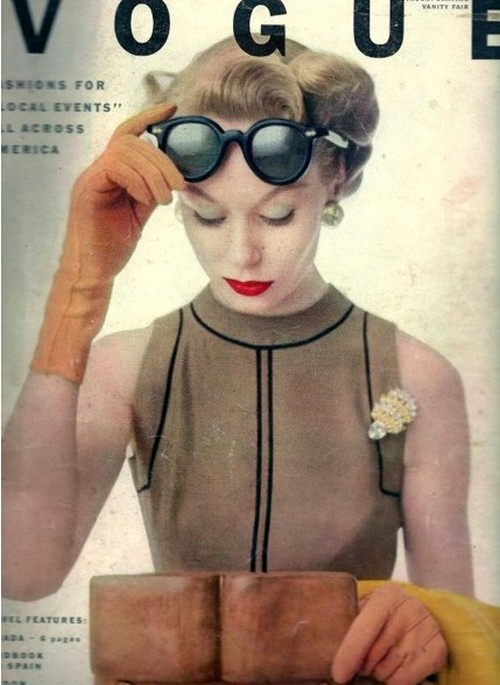 theniftyfifties:  Vogue magazine, 1951.