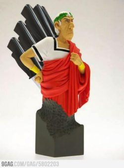 colinodonoghued:   9gag:  Caesar Knife Set