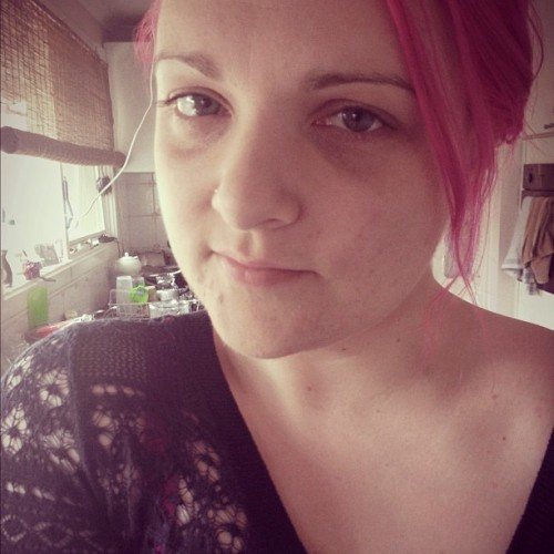 #me #selfie #iphone #iphone5 #iphoneonly #iphoneography #pink #pinkhair #girl