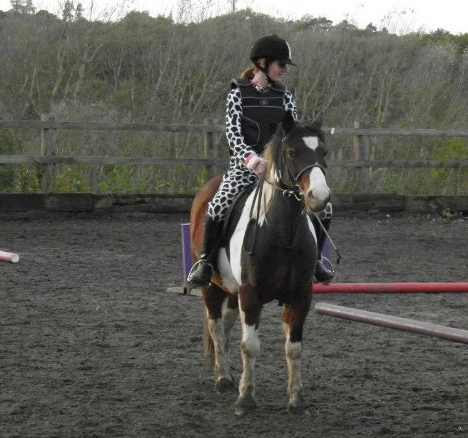 a-bunch-of-joeys:  me riding Lewis on 30/10/12 the Halloween gymkhana, couldn't find anything to wear so some cow all in one pj's did the trick, it was so fun!