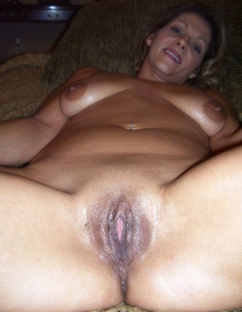 womennextdoor:  For more visit: womennextdoor    Submit your pics HERE!  Well used 👍