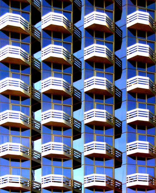 trapstyle:  Balconies By: Dave Gorman