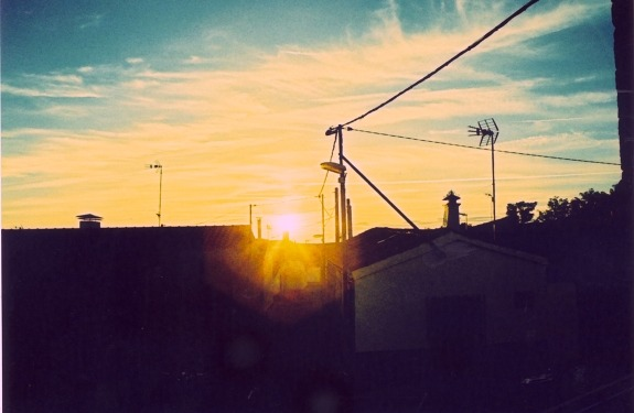 Too much grain (by disdis on Lomography)