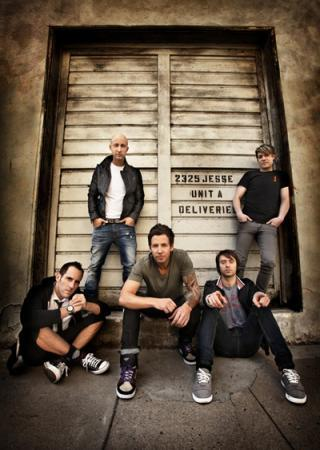 I am listening to Simple Plan                                      Check-in to               Simple Plan on GetGlue.com