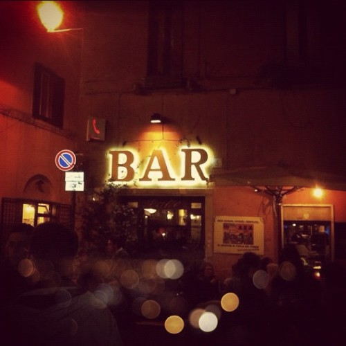 themaraudersmapbyvalerie:  Il #BA di #immaturi #bar #film  I think this is in Trastevere. Across the road from an incredible restaurant called 'Il Duca'. It's funny how the smallest details can trigger off many memories. This may not even be an image of the bar I'm thinking of, but it has always amused me how a single image can make the mind wander for hours. Rome.
