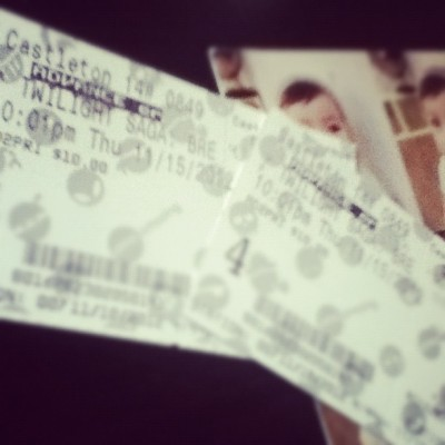 is that my BREAKING DAWN tickets?! (: