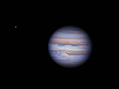 iliveinaspiralgalaxy:  Jupiter and Ganymede by Peter the Fraudfinder on Flickr.