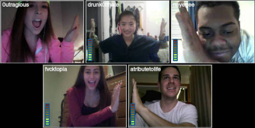 lol giving high 5's on tinychat :P