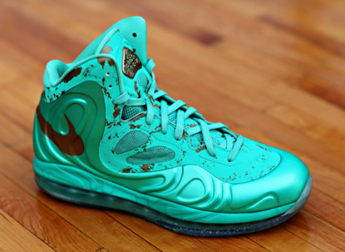 Nike Air Hyperposite 'Statue of Liberty' - Out Now at Footlocker