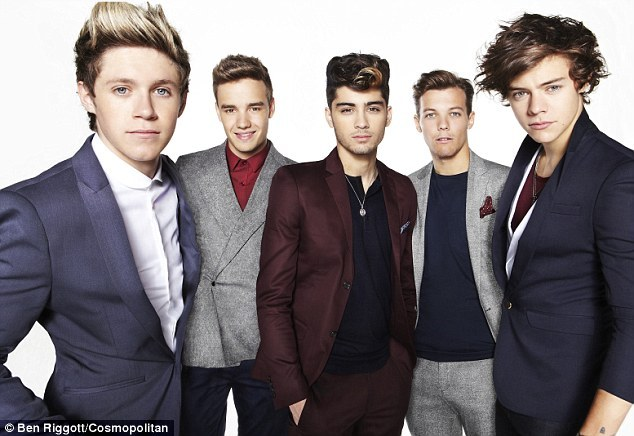 Gratuitous One Direction group photo.
