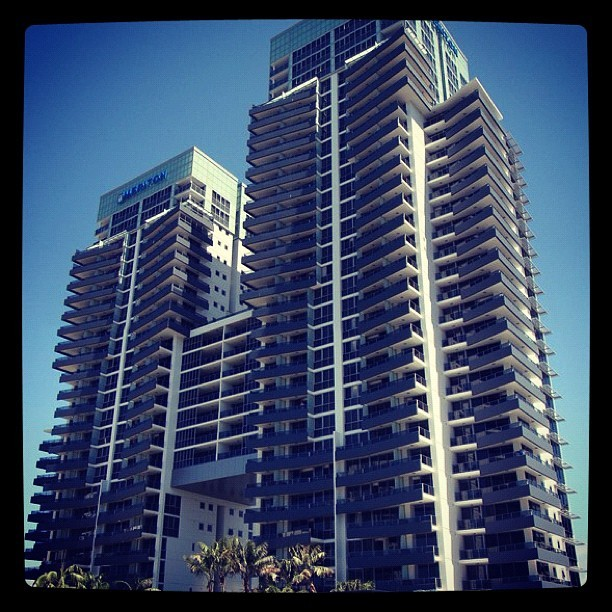 Staying here this weekend 😍🍹🎉 #goldcoast #broadbeach #hotel #party #placetobe #cantwait #photo #photography #instagram #thegoodlife @cloehardie @jordanbird57