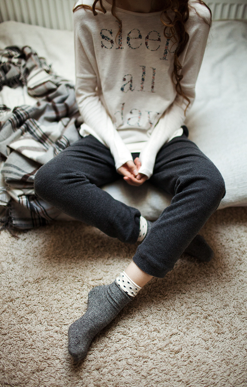 lauramakabresku:  Sleepy Sunday.