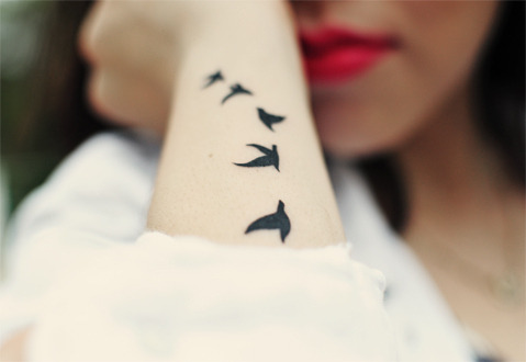 i-am-alive-for-the-first-time:  bird tattoo